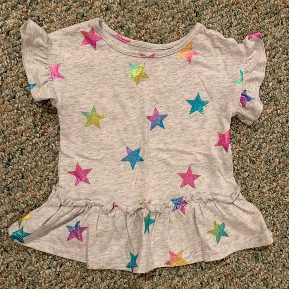 EUC Gray Top with Multi Color Stars 2t